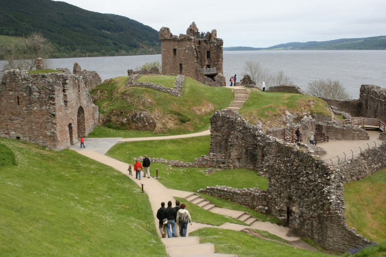 Urquhart Castle, Scotland, travel, photography, travel photography, photos, images, Scottish, castles, scottish castles, castles in northern scotland, castles in scotland