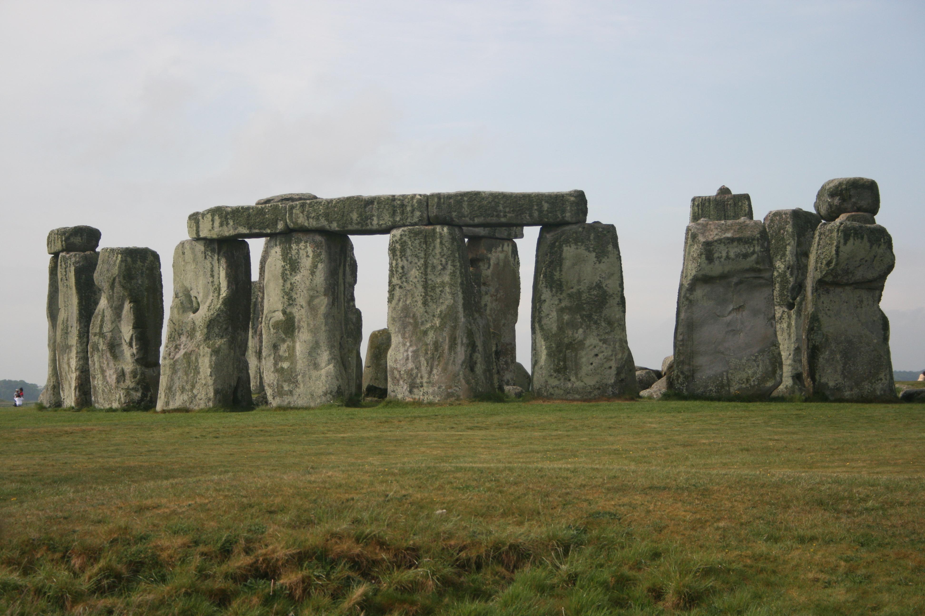 Image gallery historical landmarks in england for Famous landmarks in