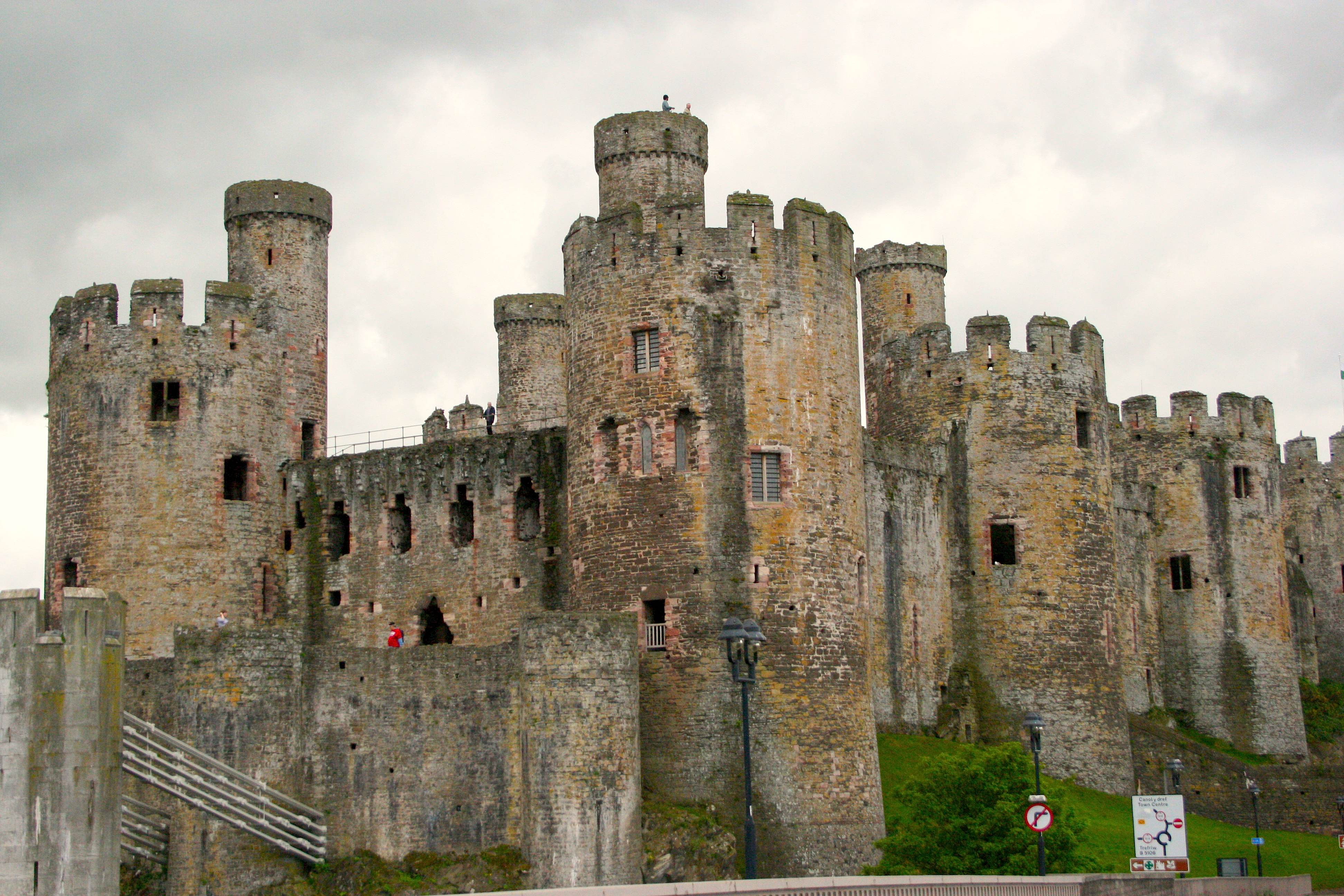 Conwy Castle  travel  ...