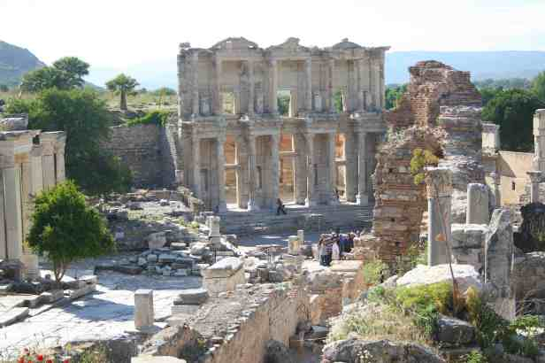 Ephesus, Turkey, Ephesus Ruins, Celsus Library, travel photography, travel photos, ancient city of ephesus