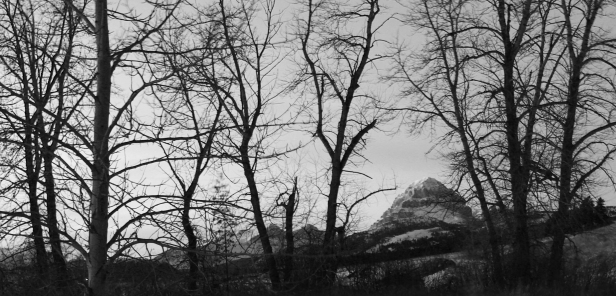 Crowsnest Pass, Crowsnest Mountain, travel photography, travel photos, travel, photos