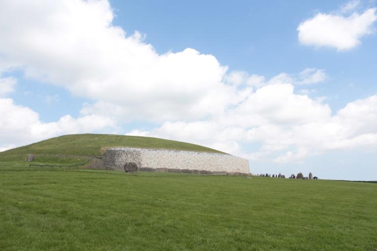 Newgrange, Newgrange Ireland, Ireland, tomb, Newgrange passage tomb