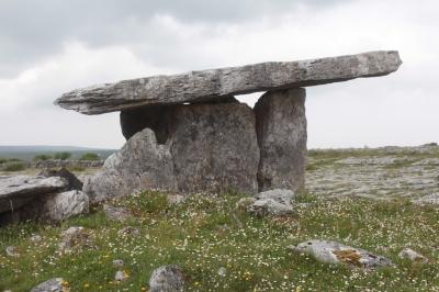 Poulnabrone, Dolmen, Ireland, travel, guide, tourism
