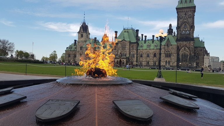 Ottawa Tourism, Ottawa Attractions, Parliament Hill, Centennial Flame, photography